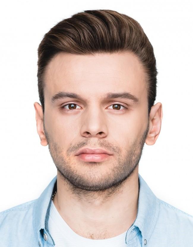 Максим Курносов